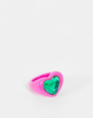 Ярко-розовое пластиковое кольцо в форме сердечка с изумрудно-зеленым камнем ASOS DESIGN-Розовый цвет
